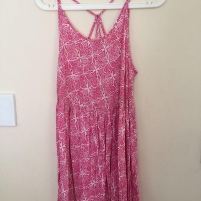 Summer dresses S10-12