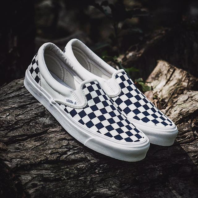 vans slip on og checkerboard men 39 s fashion footwear on. Black Bedroom Furniture Sets. Home Design Ideas