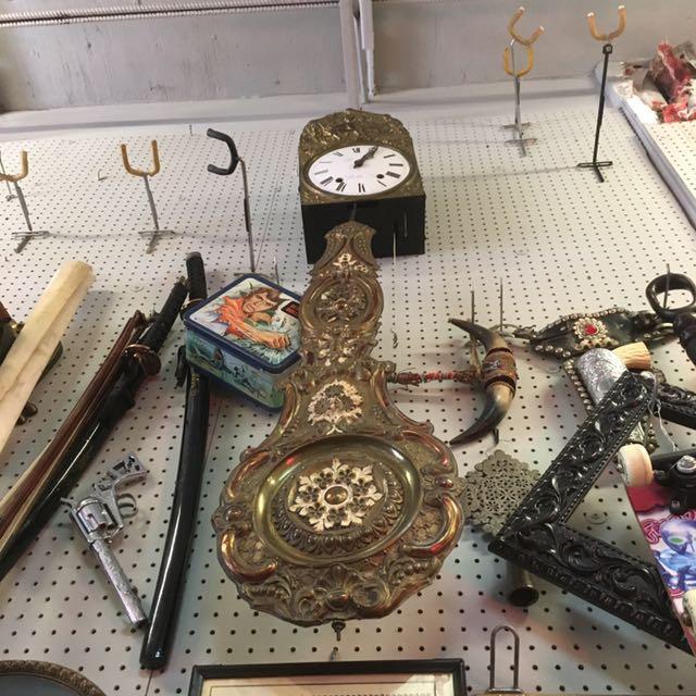VINTAGE ANTIQUE RETRO FRENCH brass pendulum clock