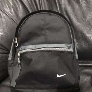 Nike小包