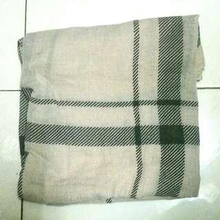 Preloved shawl (inspired  by burbbery )