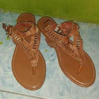 Bata Slip Thong Size 4