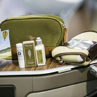 TRAVEL KIT LOCCITANE FROM GARUDA AIRLINES FIRST CLASS