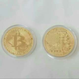 Bitcoin 比特幣 (40mm diameter) golden coloured metal (100% new)