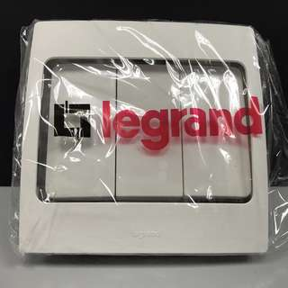 Legrand 3G 1W Switch