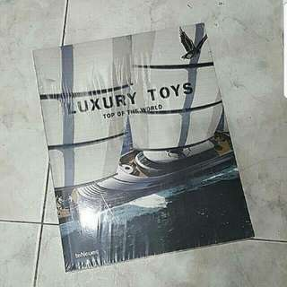 BN SEALED LUXURY TOYS TOP OF THE WORLD GLOSSY EDITION COFFEE TABLE BOOK