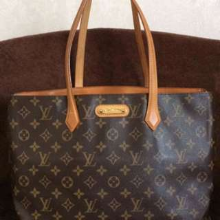 Authentic Louis Vuitton Wilshire MM