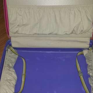 samsonite luggage medium size