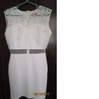 GET LAUD White sexy dress small size