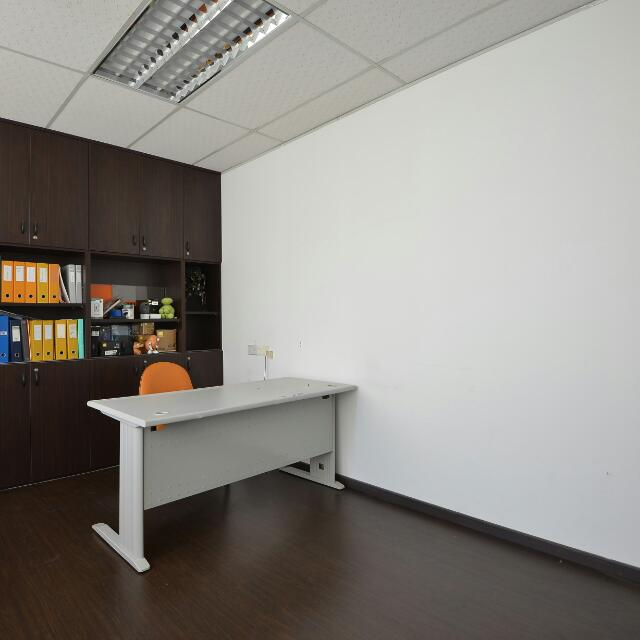 160 Sq Ft Office For Rent Property Rentals Commercial On Carousell