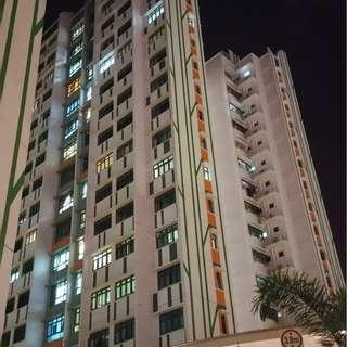 MRT BOON LAY, BK 661C, 682, 640 JURONG WEST ST 64 ROOM FOR RENT.