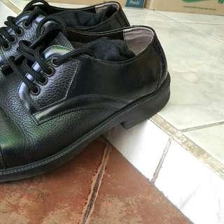 Sepatu vantofel