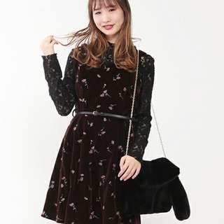 Nice claup黑色刺繡腰帶韓國絨洋裝
