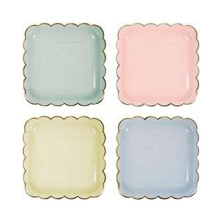 Scallop Edge square plates (baby pink , peach)