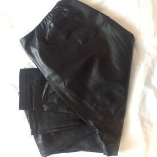 Aritzia Wilfred Daria leather leggings