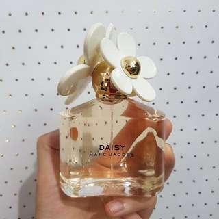 parfum ori marc jacob daisy