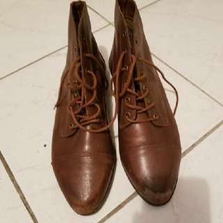 Cute Vintagey Boots