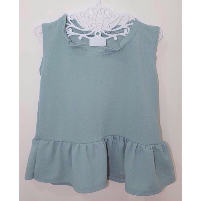 2 for P210 RUFFLED TOP 💎