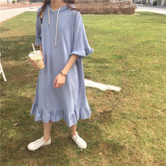 淺藍連帽洋裝