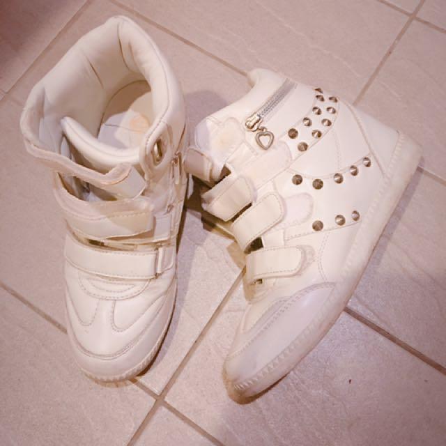 韓貨 內增高鉚釘白球鞋 40