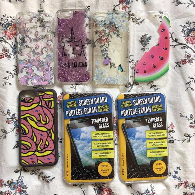 •• Cases and screen protector bundle