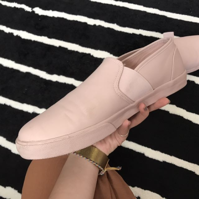 ASOS 小粉紅休閒鞋