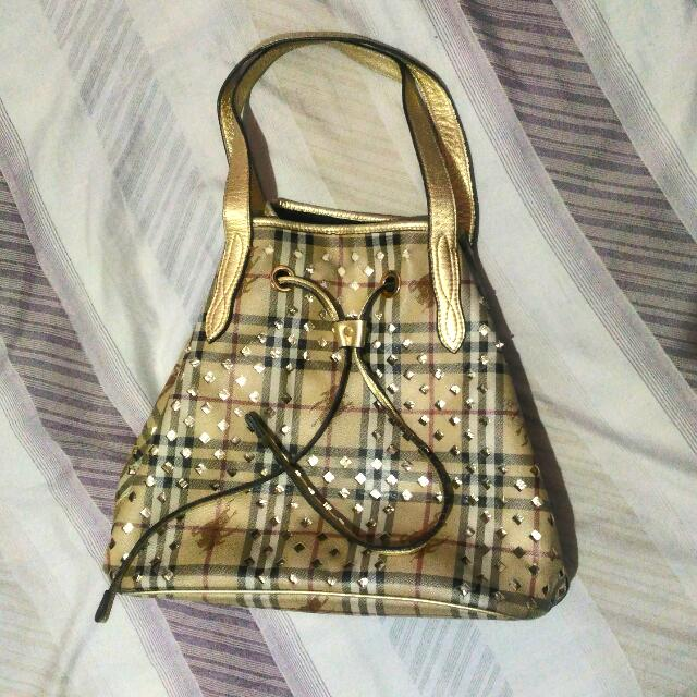 AUTH. BURBERRY BAG GOLD