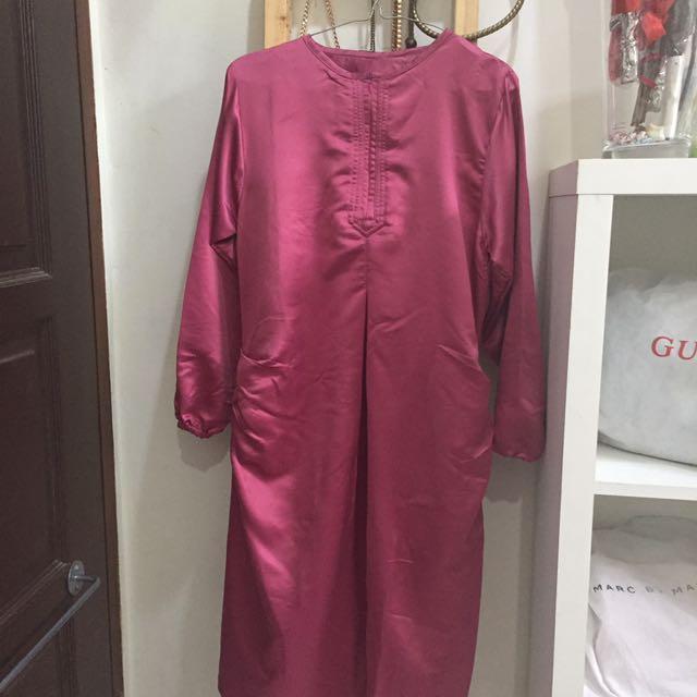 Baju terusan pink
