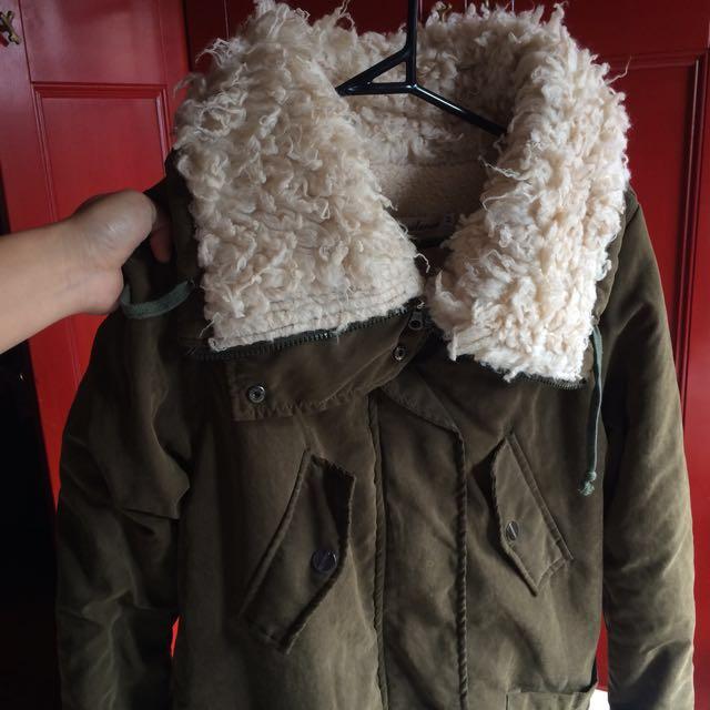 Big oversized khaki jacket!