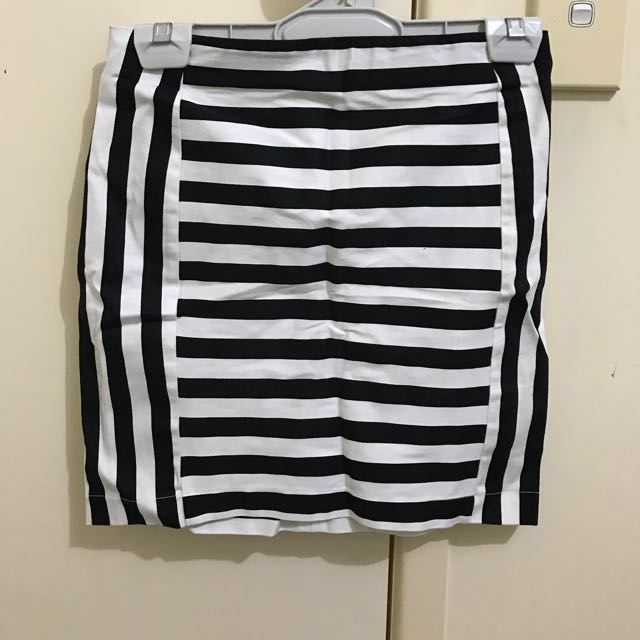 Black and white striped skirt, size 8