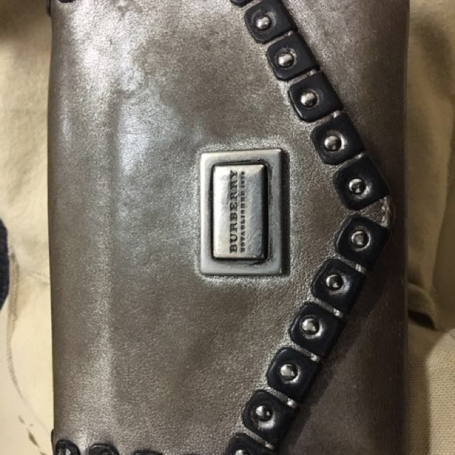 Burberry Authentic Wallet Purse