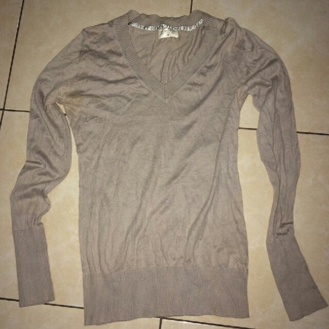 By Giordano Sweater