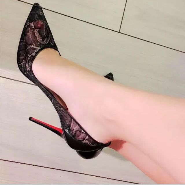 ac93ce9972b9 CHRISTIAN LOUBOUTIN Follies Lace Pumps