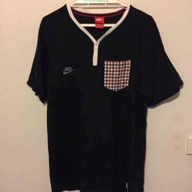 Classic Nike tee