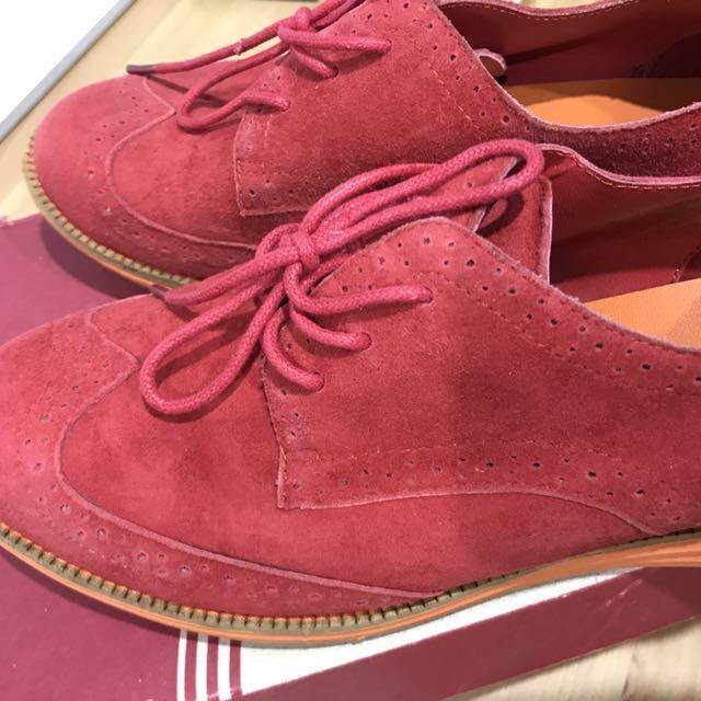 Florsheim sneaker - slightly worn twice