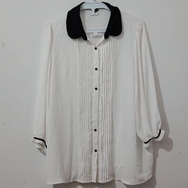 Forever 21 Black And White Blouse