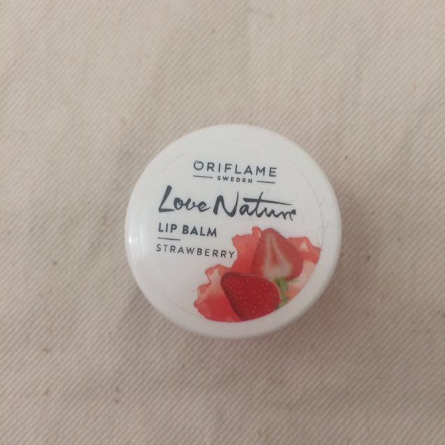 love nature lip balm strawberry