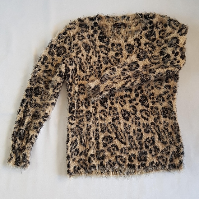 Luxx Brand Size M 10 Leopard Print Jumper Soft Wool