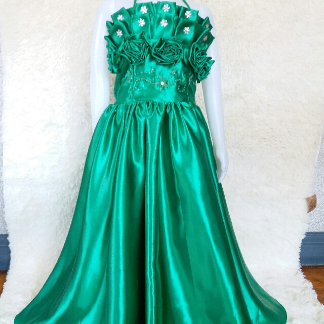 Moss Green GOWN FOR 7~8 YEARS OLD, Babies & Kids, Girl\'s Apparel on ...