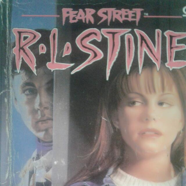 Novel Remaja RL stine Fear Street