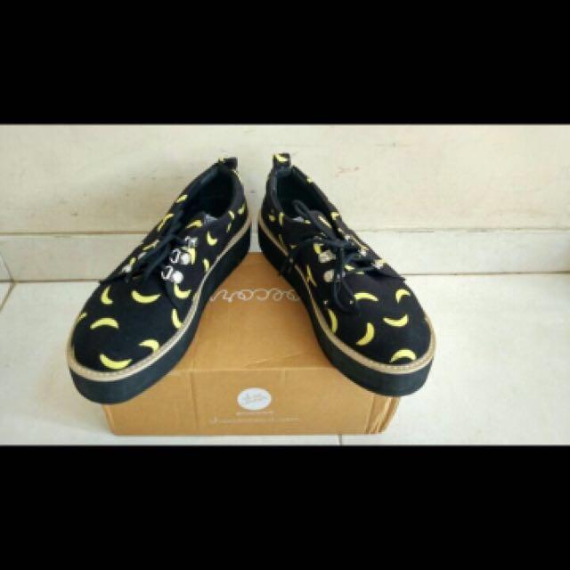 REPRICE Sepatu Banana #CarousellxShopBack