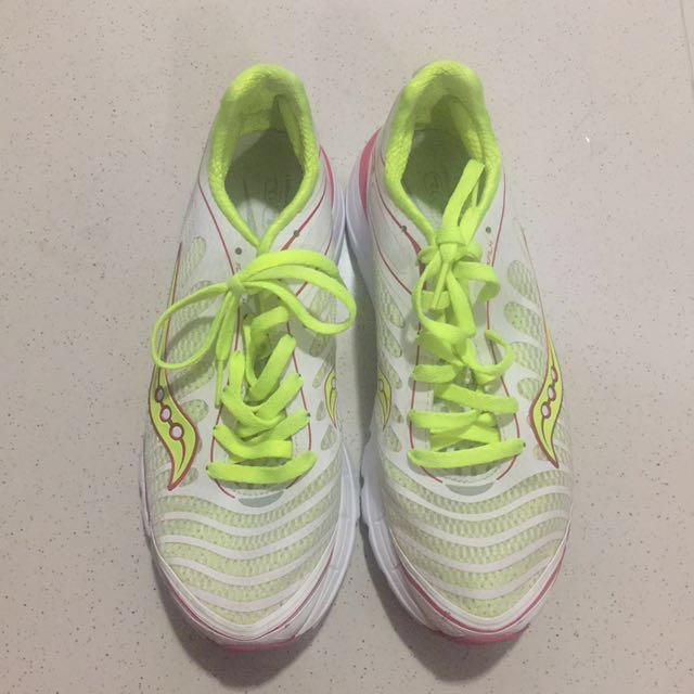 011c3d663d81 Saucony Progrid Kinvara 3 Running Shoes - US 7.5