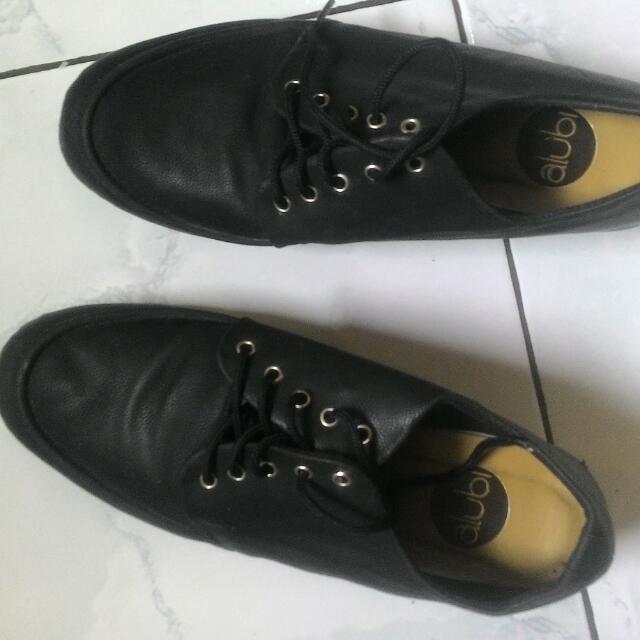 Sepatu Alubi#CAROUSELLxSHOPBACK