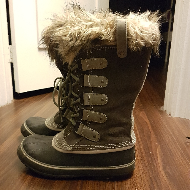 Size 10 Sorel Winter Snow Boots