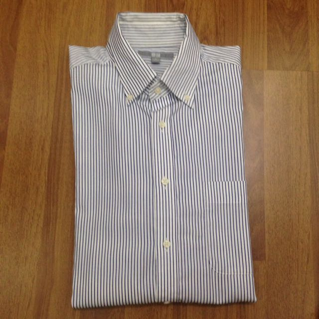 UNIQLO Button down shirt