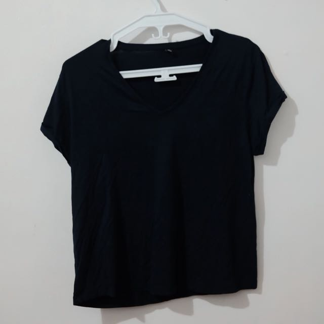 Uniqlo Dark Blue Top