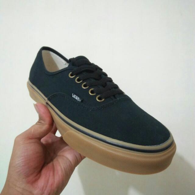 Vans Black Gum Premium