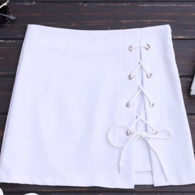 Women's white lace up skirt