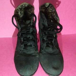 Black High Cut Boots