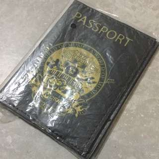 A world of music Black passport holder passport cover